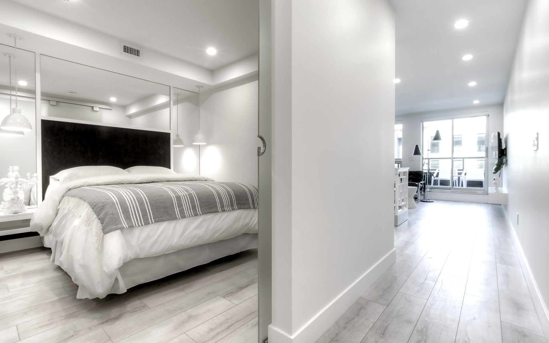 The George - Suite A - Suite 205